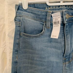 NWT✨ AE Next Level Stretch High Waisted Jeans